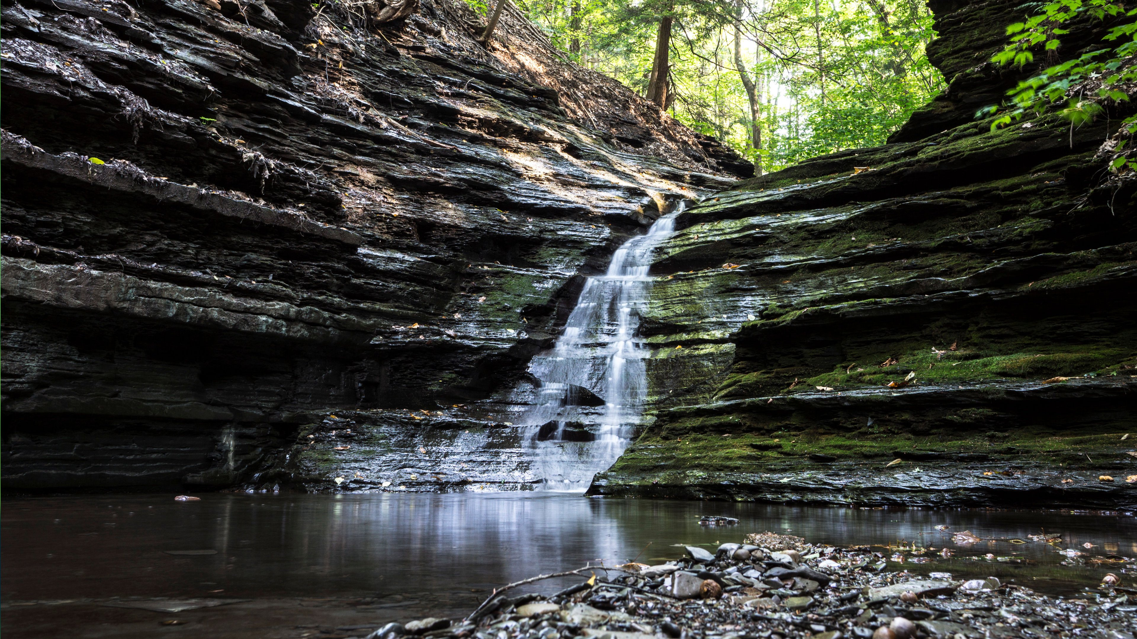 Popular Wallpaper Mobile Waterfall - 130_wide  Best Photo Reference_518343.jpg