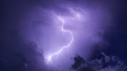 Purple Lightning HD Desktop Wallpaper