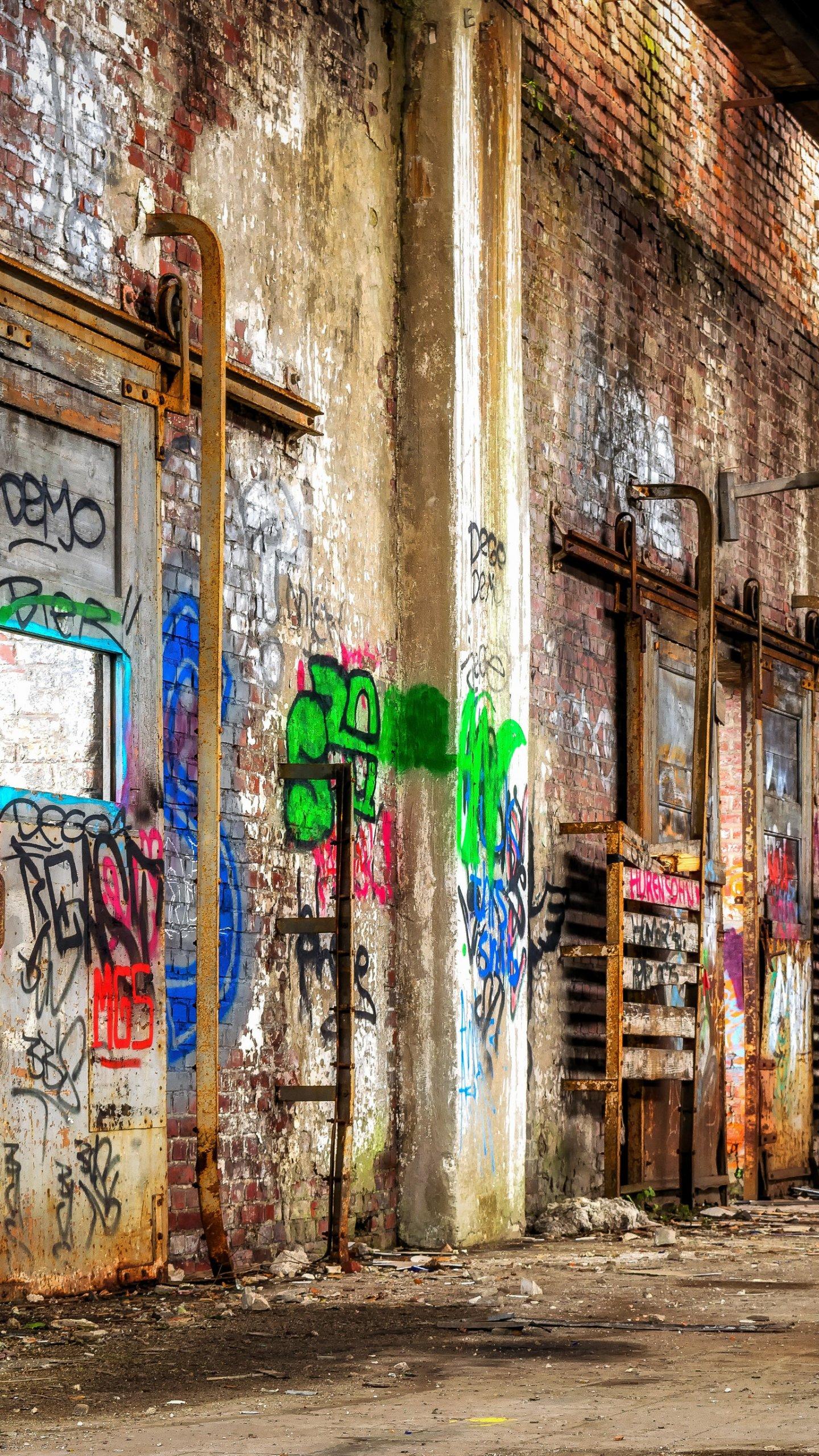 Wall With Graffiti Wallpaper
