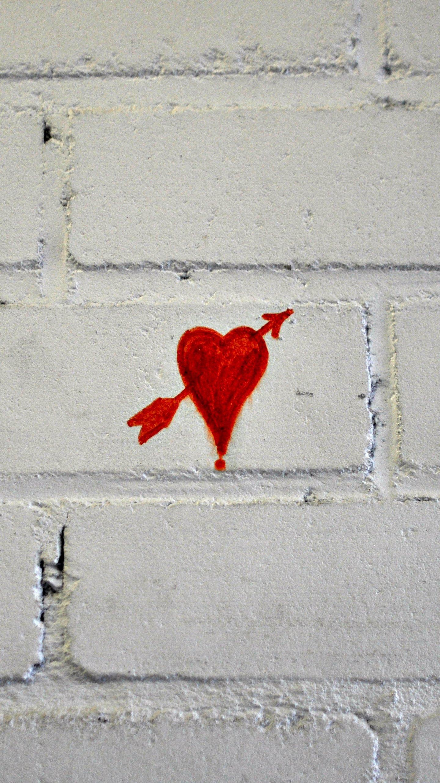 Heart arrow love graffiti