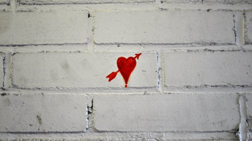 Heart Arrow Love Graffiti Wallpaper