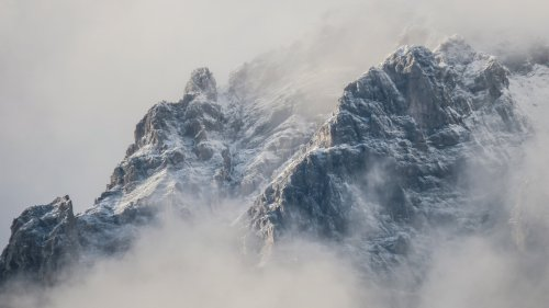 Mountains in Fog Wallpaper