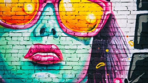 Girl With Sunglasses Graffiti Wallpaper
